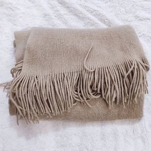 H&M Large Knitted Scarf